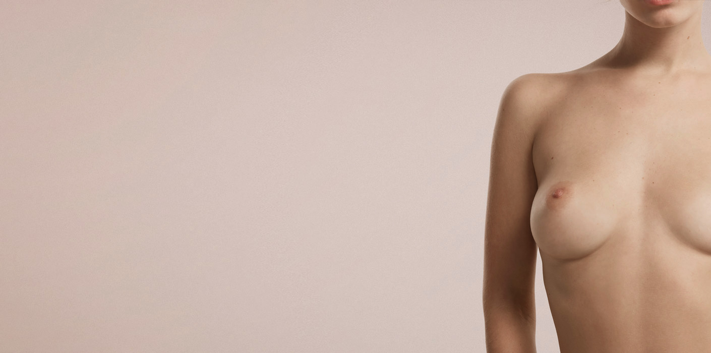 bröstlyft hos kvinna