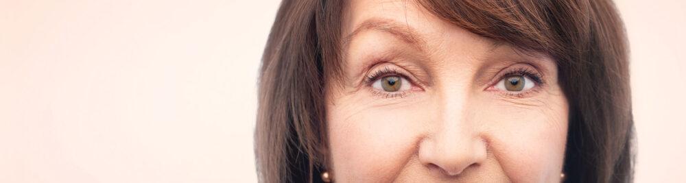botox i ansikte hos äldre kvinna