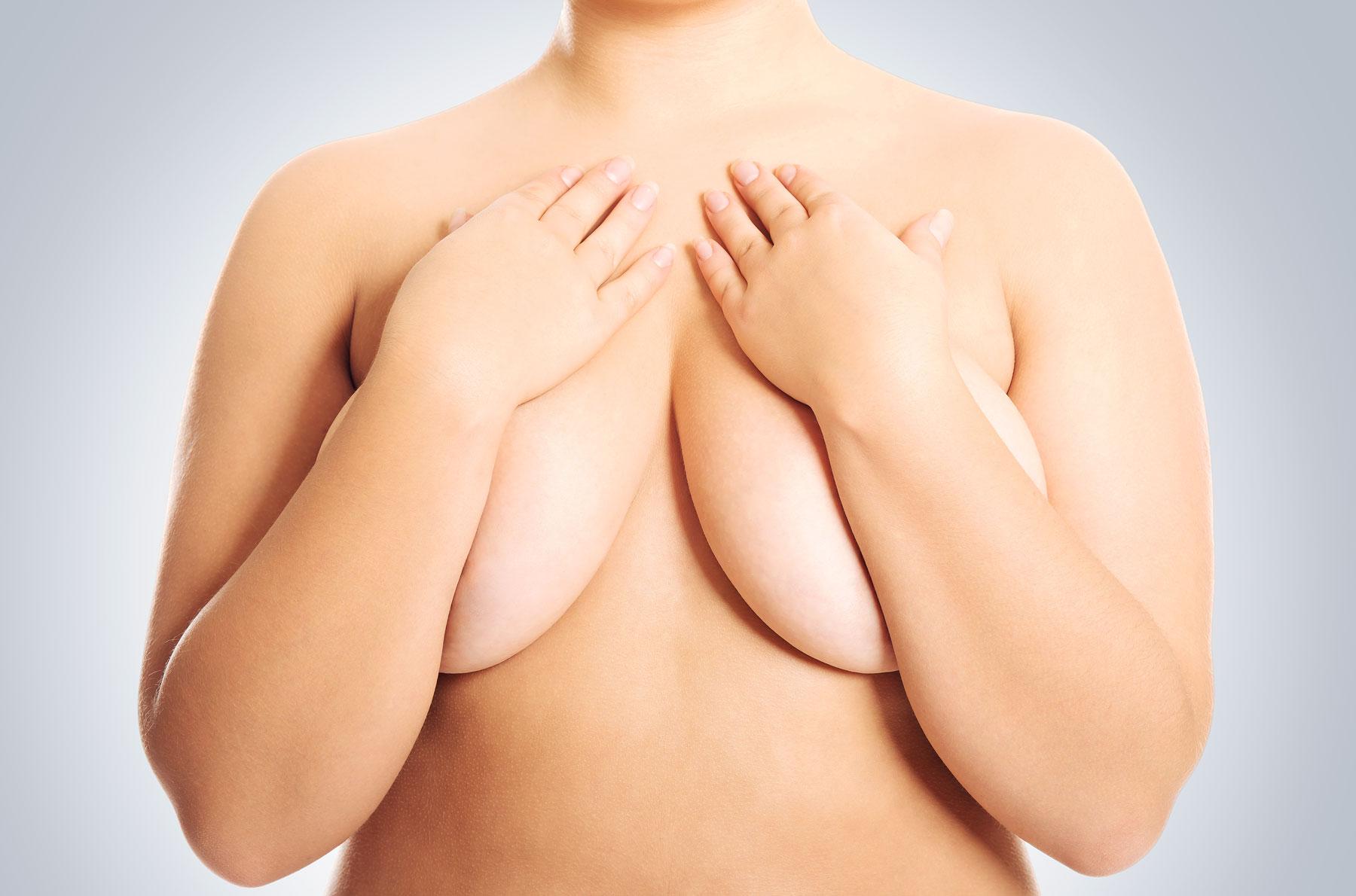 bröstoperation tjej