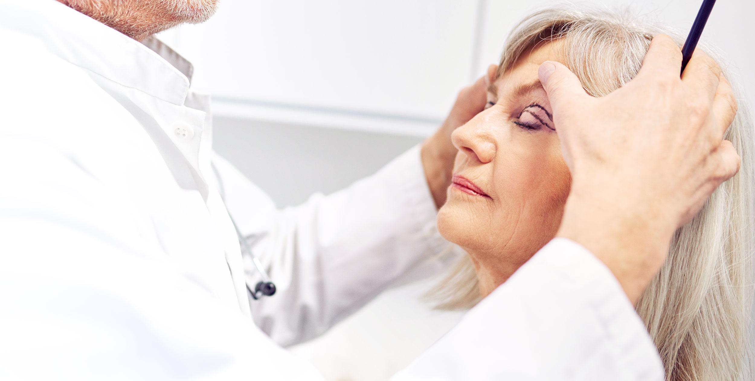 förberedelse inför ögonlocksplastik